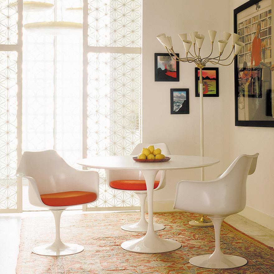 tulip-arm-chair-white-2