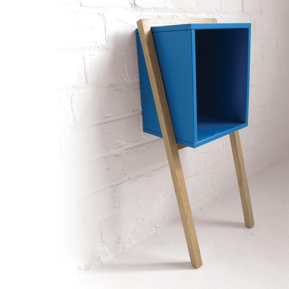 table chevet bleu. Black Bedroom Furniture Sets. Home Design Ideas