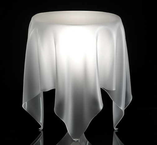 table_grand_illusion_ice2_002