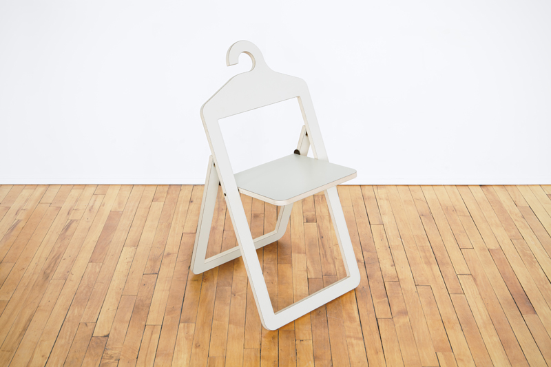 hanger-chair-blanc