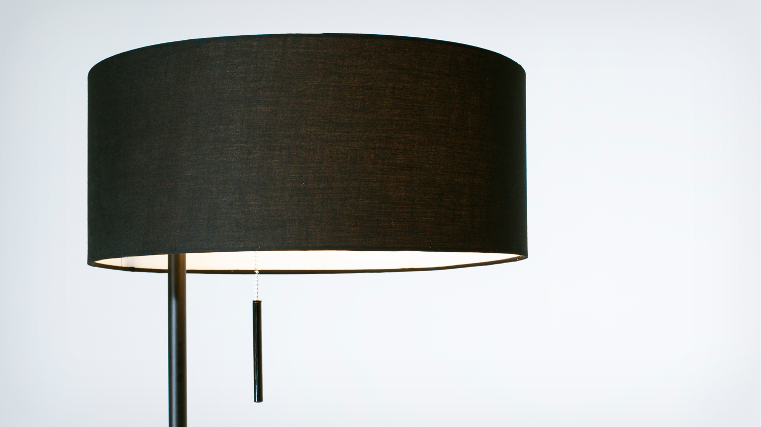 micah-floor_lamp_black_detail