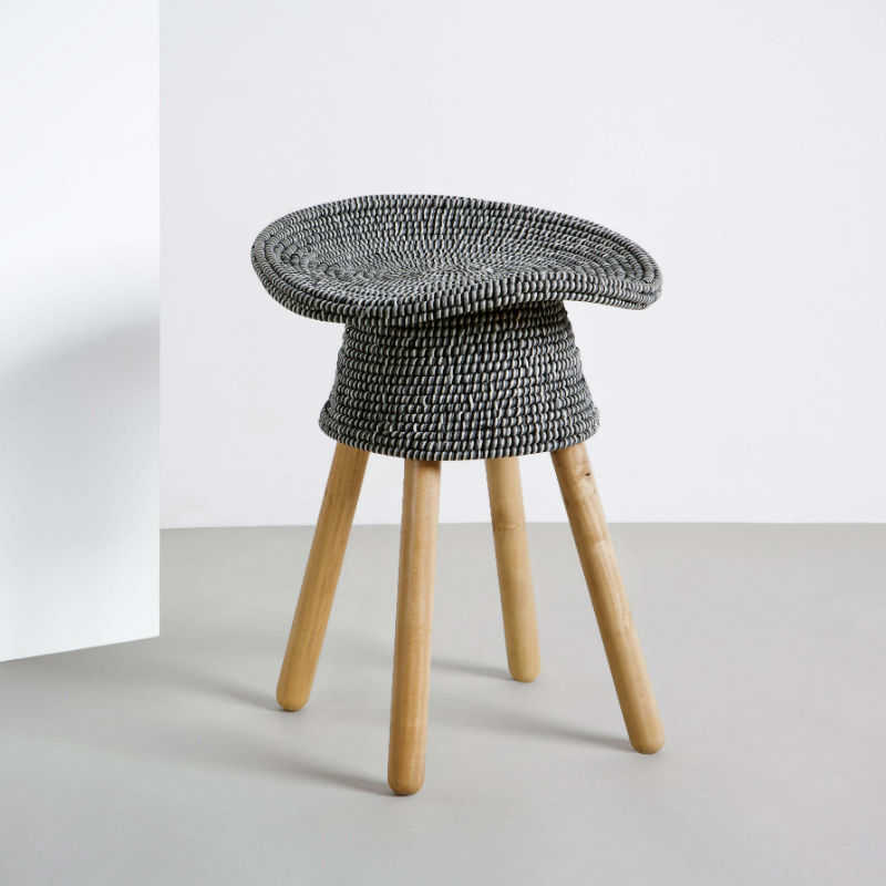 tabouret-coiled-rouge-gris