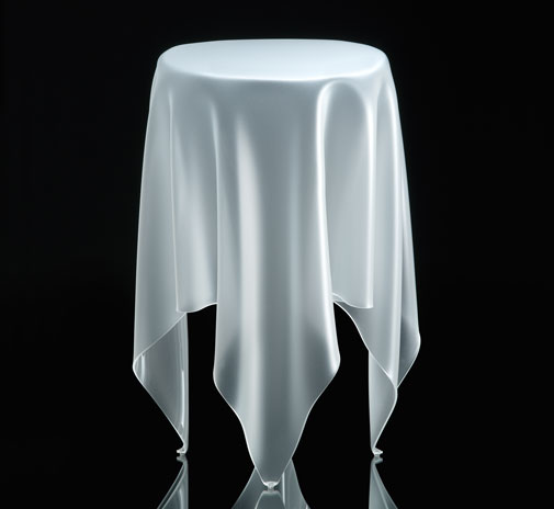 table_tall_illusion_ice_002