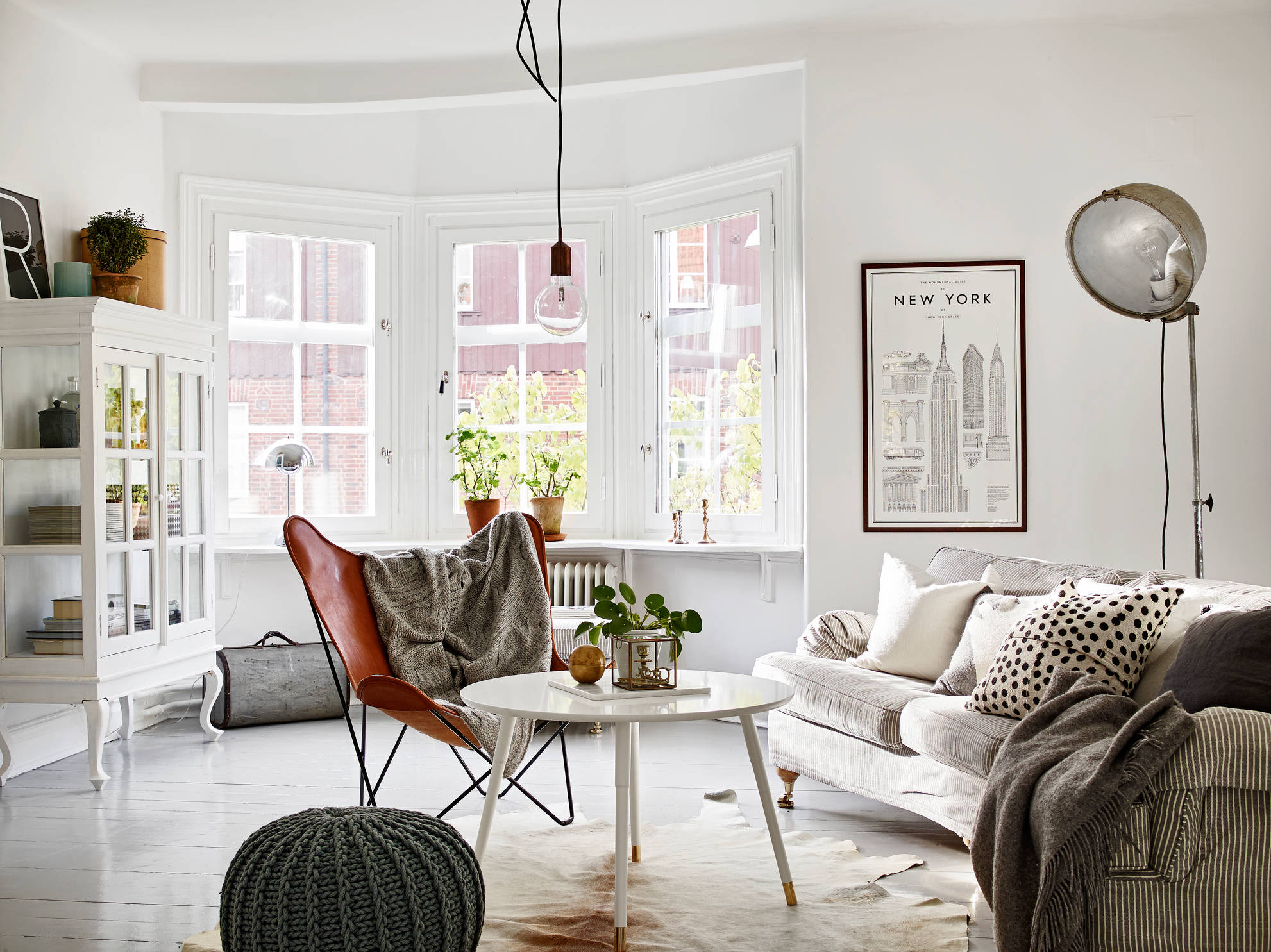 inspiration 2 pi ces design un l gant appartement su dois guten morgwen. Black Bedroom Furniture Sets. Home Design Ideas