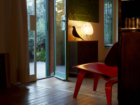 Eames House Side Bird 03