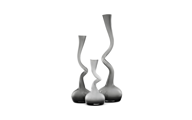 Swing_Vase_Grey_Group1