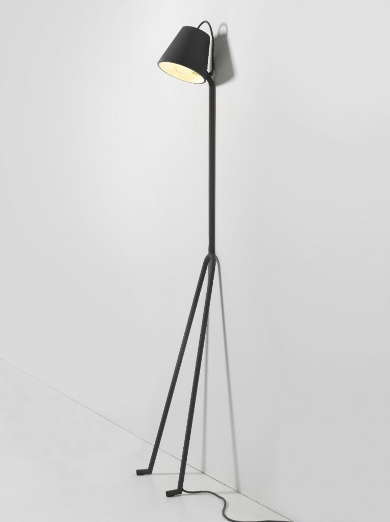 Manana-Lamp-04