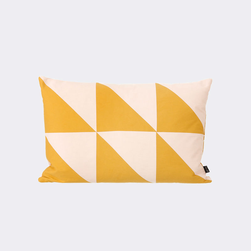 Coussin-Trine-Andersen-Twin-Triangle
