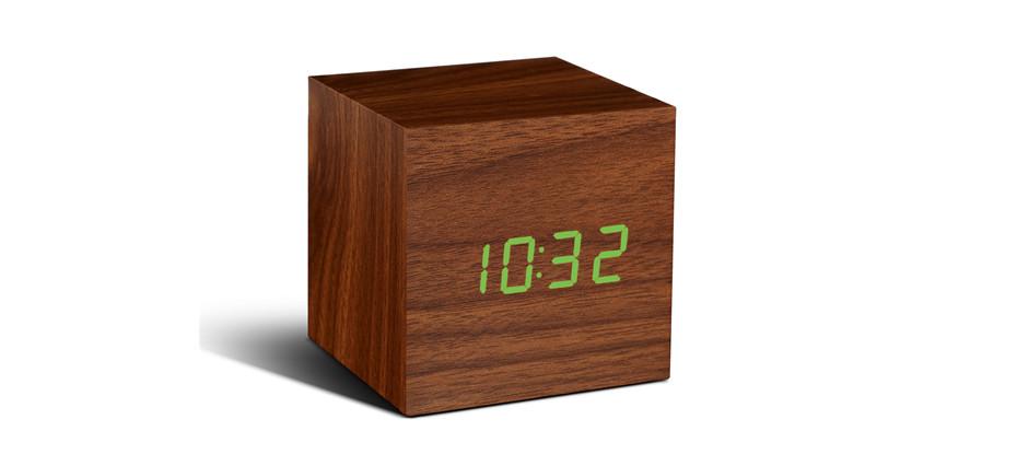 Reveil-Cube-Click-Clock-01