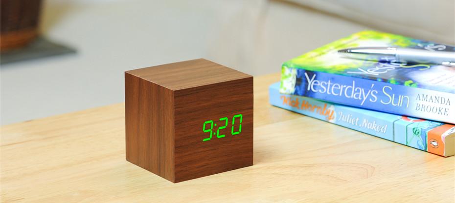 Reveil-Cube-Click-Clock-02
