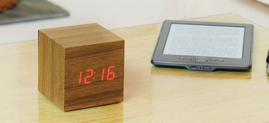Reveil-Cube-Click-Clock-04