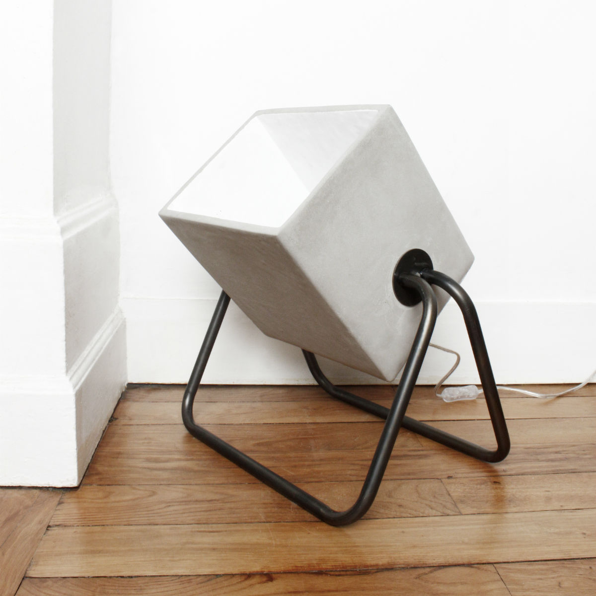 lampe-Concrete-Floor-Lamp