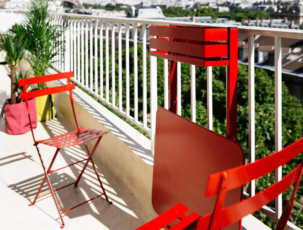 Table-de-balcon-bistro-fermob-03