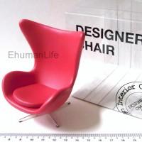 Miniature-Egg-Chair-Arne-Jacobsen-01