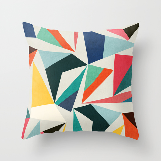 Coussin-Budi-Kwan-pointy-summit