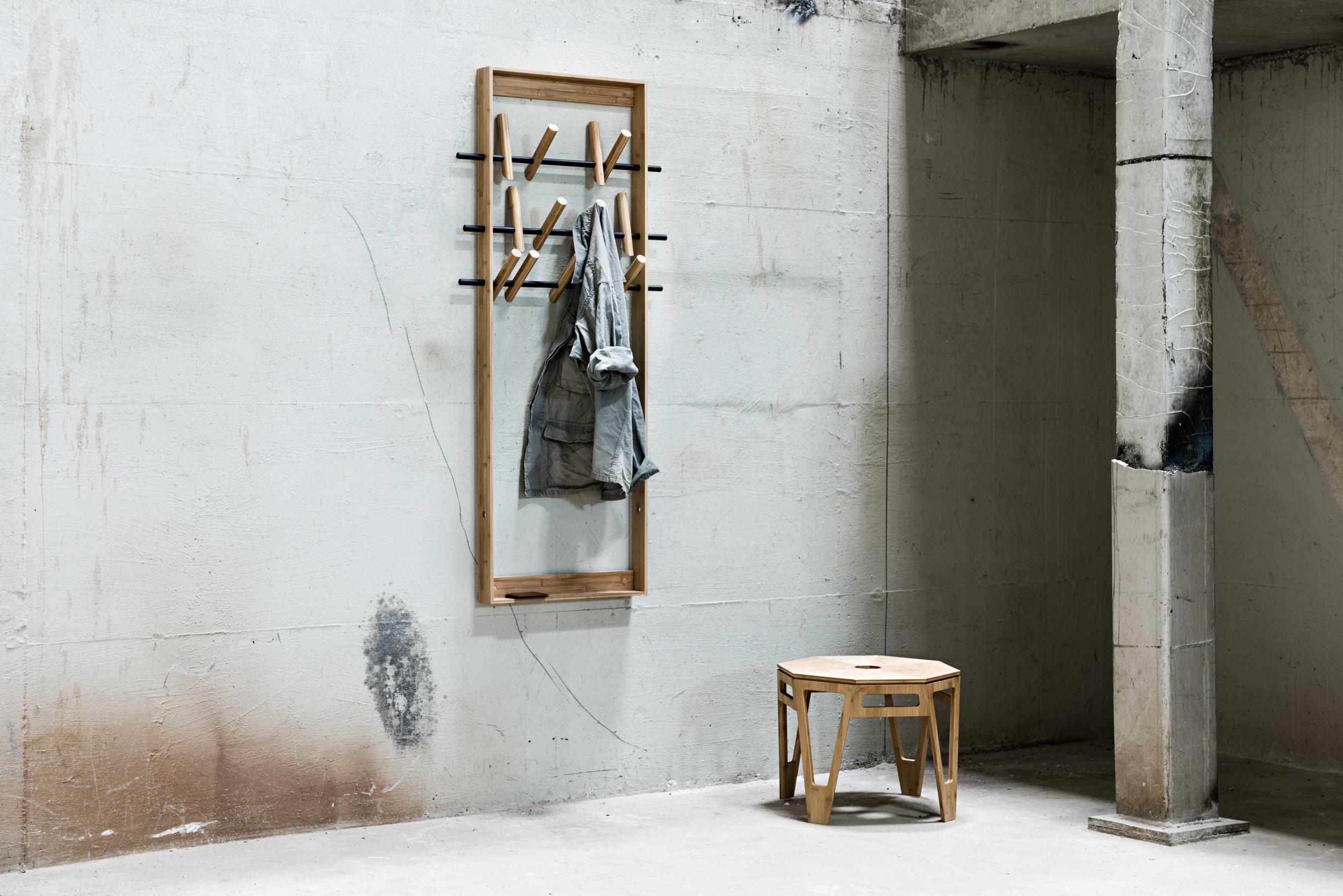 Porte-manteaux-bois-design-CoatFrame-02