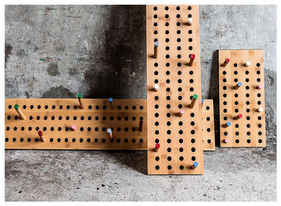 Porte-manteaux-bois- design-scoreboard-04
