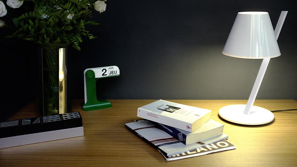 Lampe-design-La-Petite-Artemide-04