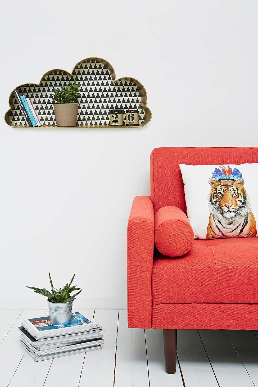 Etagere-Nuage-Urban-Outfitters-01
