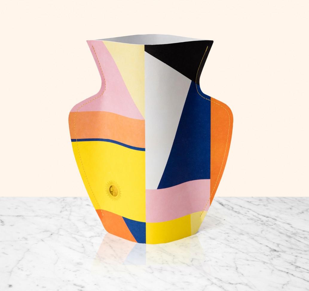 Cache-Pots-design-Flower_Paper_Vase_Octaevo-04