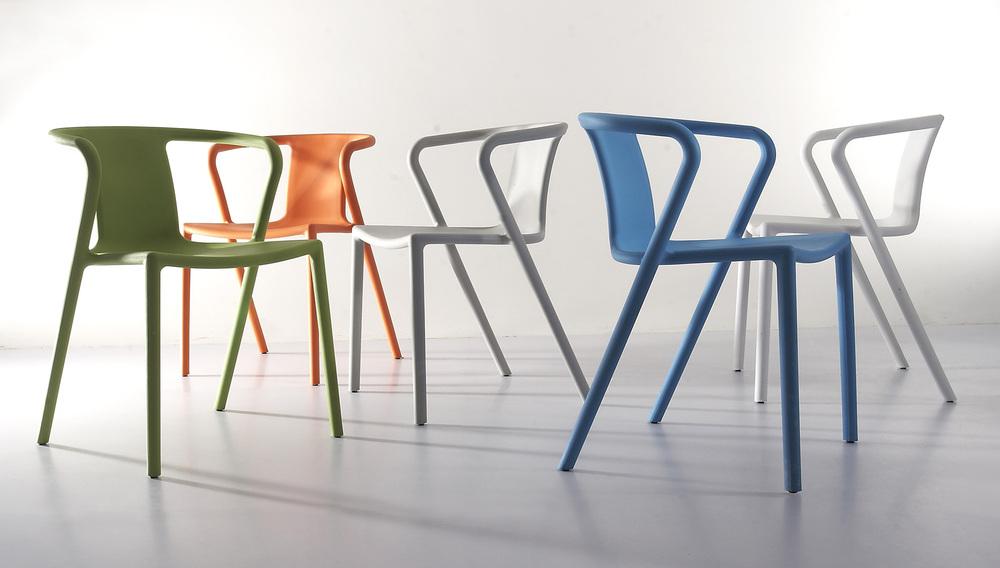 Chaise-Air-Armchair-par-Jasper-Morrison-01