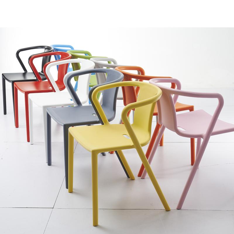 Chaise-Air-Armchair-par-Jasper-Morrison-02