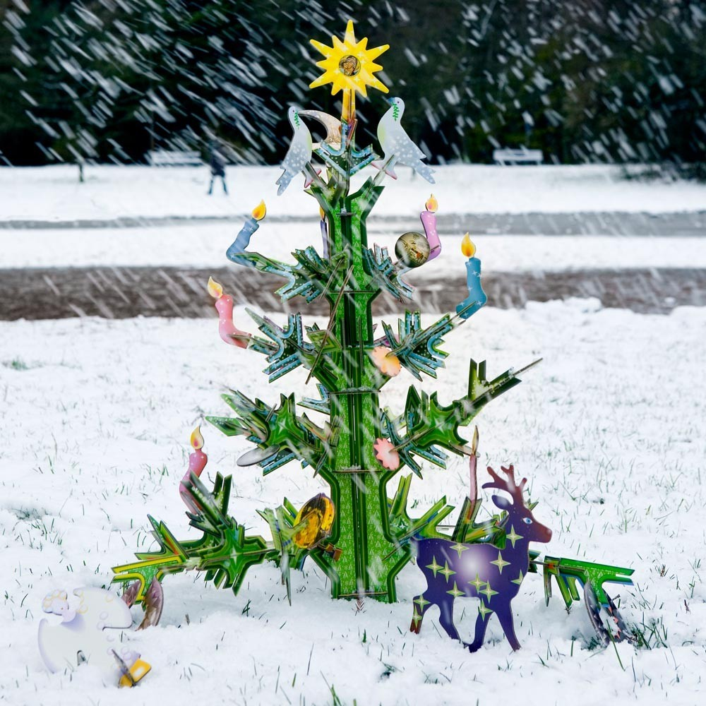 jeu-de-construction-totem-christmas-tree-design-carton-studio-roof-02