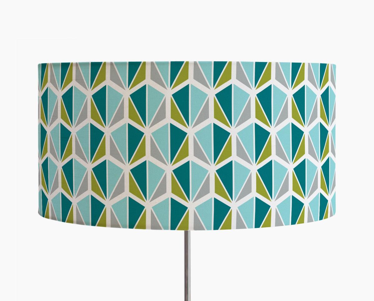lampadaire-facettes-bleu-luminaire-design-trepied-bois