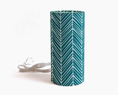 lampe-a-poser-calcicola-bleu-motif-geometrique-bleu
