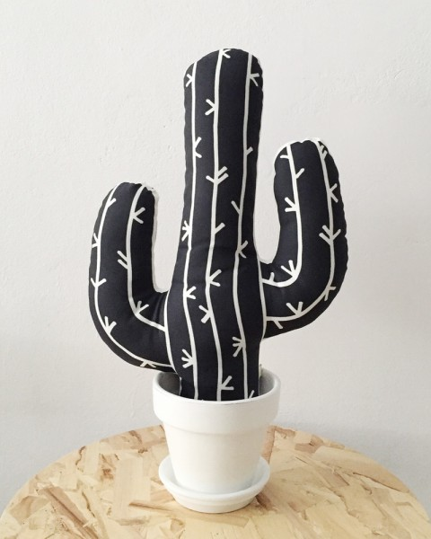 Coussin-design-To-The-Wild-cactus-04