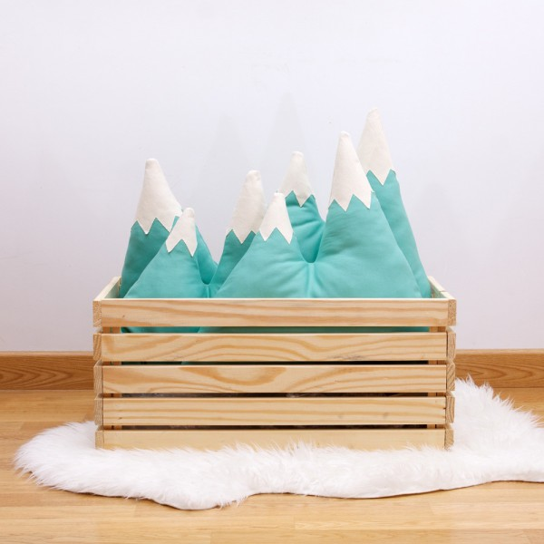 Coussin-design-To-The-Wild-montagne-02
