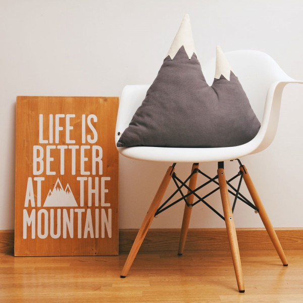 Coussin-design-To-The-Wild-montagne-05