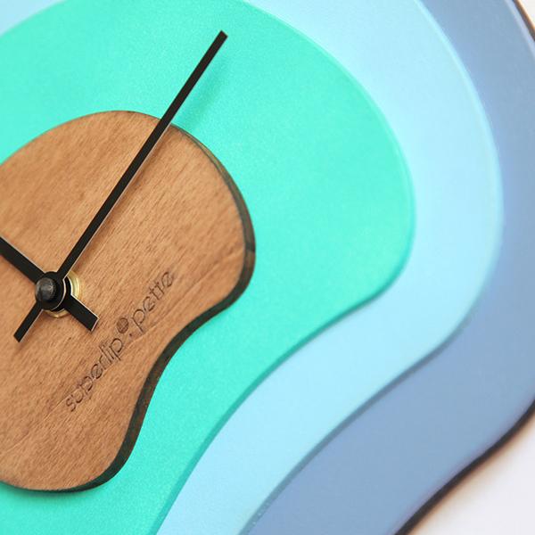 Horloge-murale-design-bois-superlipopette-012