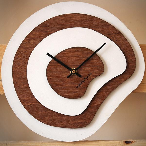 Horloge-murale-design-bois-superlipopette-016
