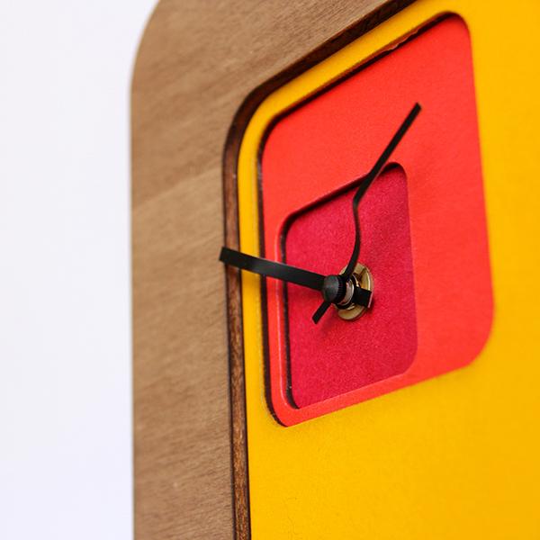 Horloge-murale-design-bois-superlipopette-05