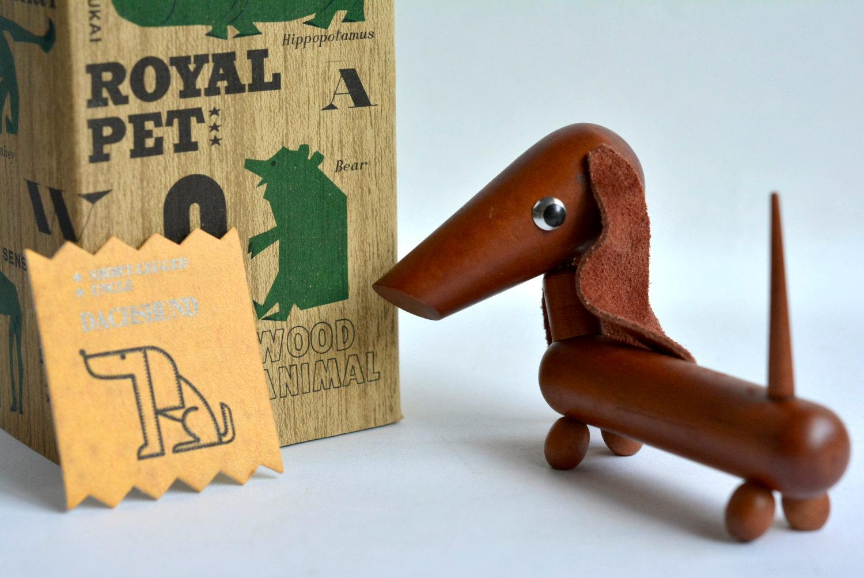 Vintage-Royal-Pet-teckel-01