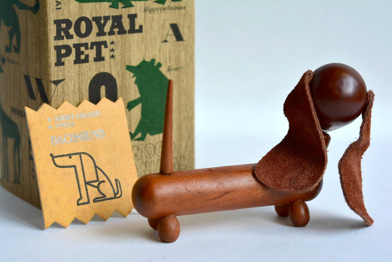 Vintage-Royal-Pet-teckel-02