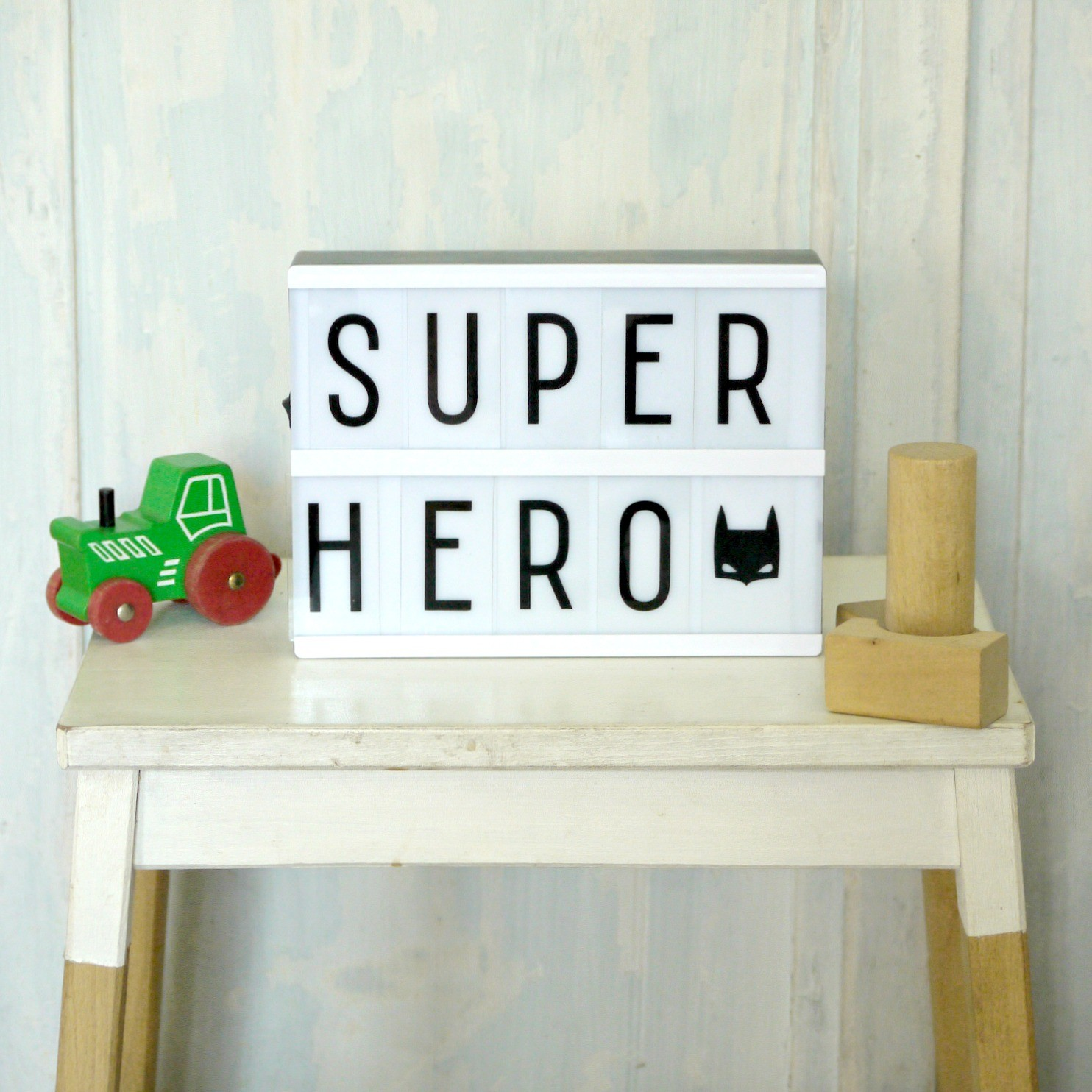 Light-Box-super-hero