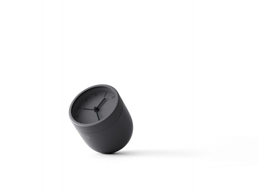 Reveil-design-Norm-Tumbler-noir-02