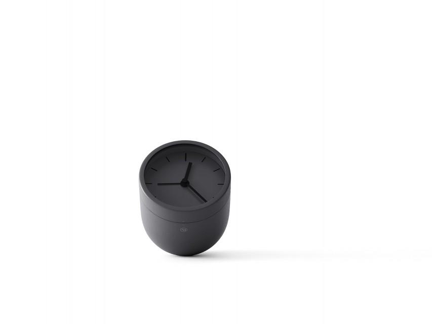 Reveil-design-Norm-Tumbler-noir-03