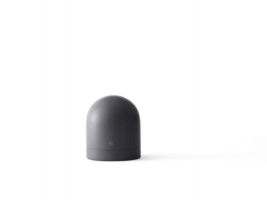 Reveil-design-Norm-Tumbler-noir-04
