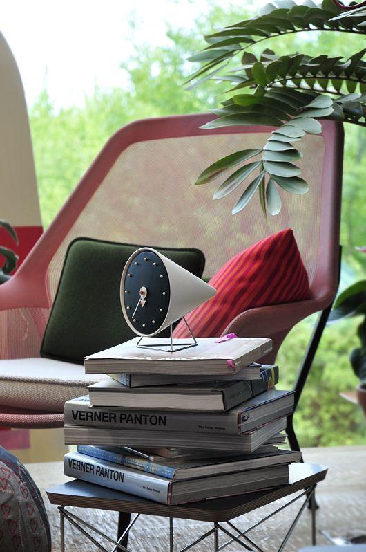 reveil-design-george-nelson-cone_clock-02