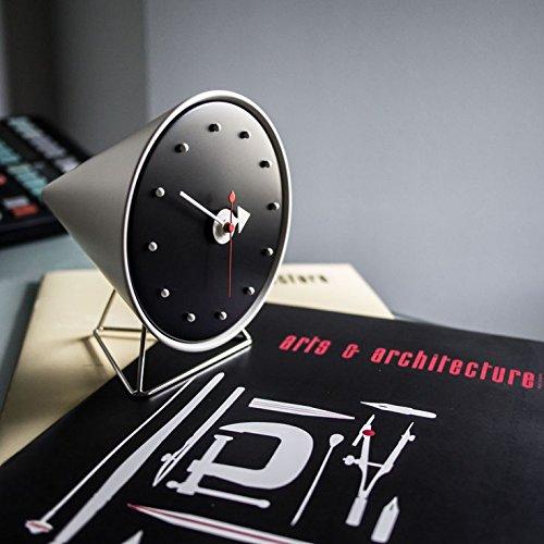 reveil-design-george-nelson-cone_clock-04