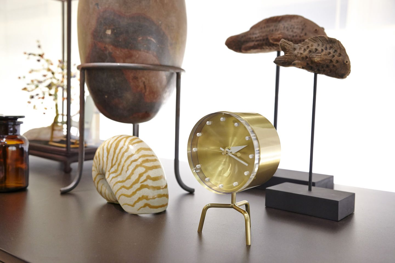 reveil-design-george-nelson-tripod_clock-01