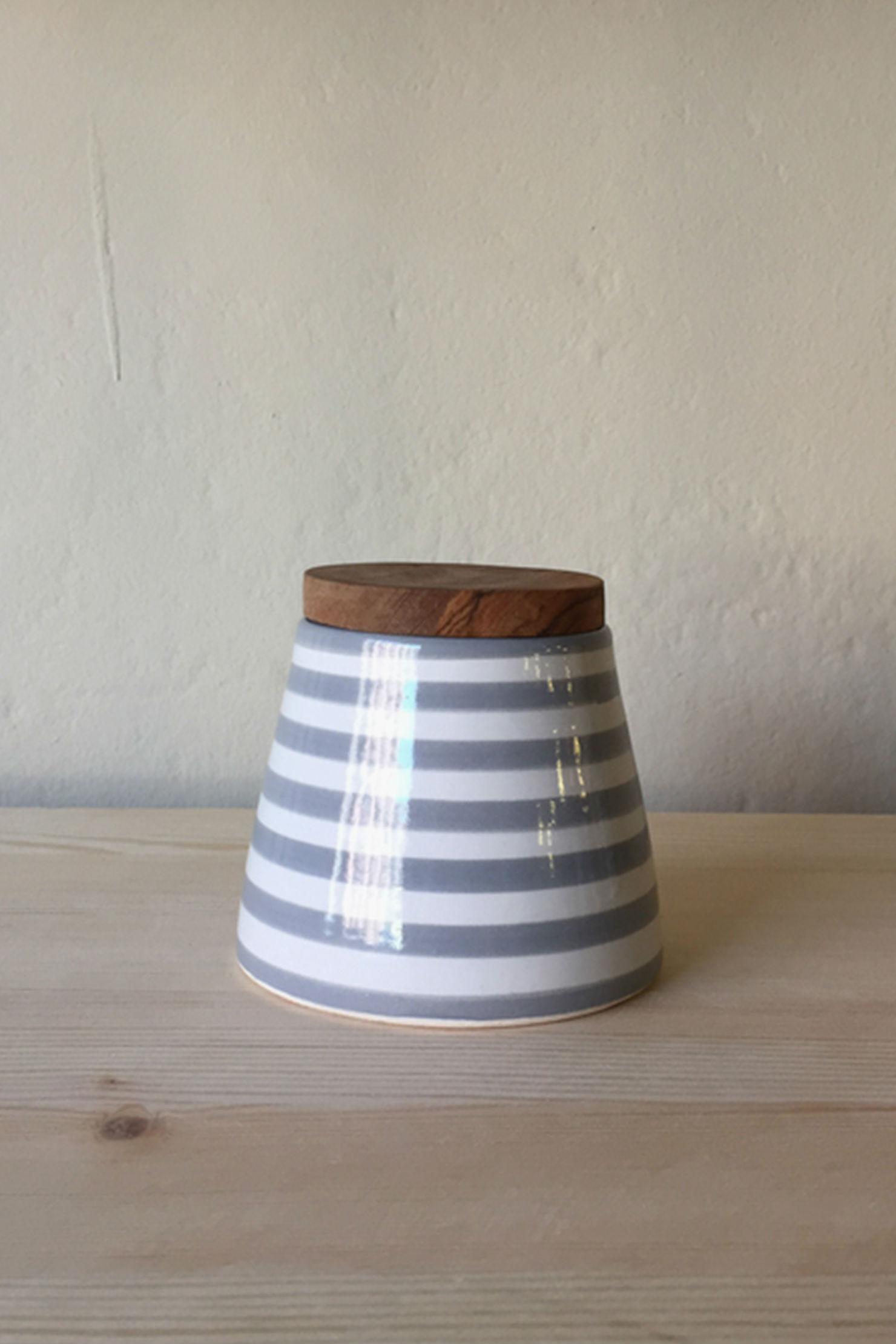boites-coniques-cuisine-chabi-chic-gris-raye